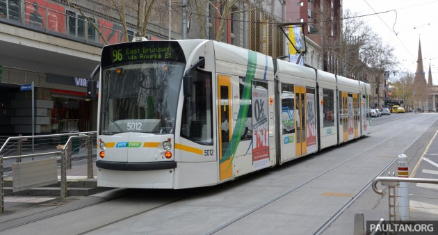 Yarra trams in Melbourne-02