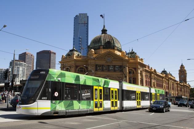 melbourne-australia-yarra-tram-service