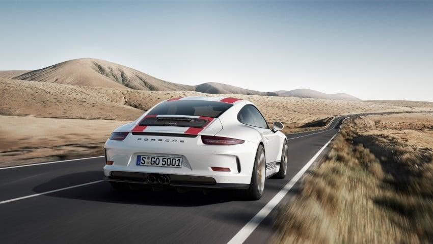 Porsche 911 R makes Geneva debut – 500 hp, manual Image #451927