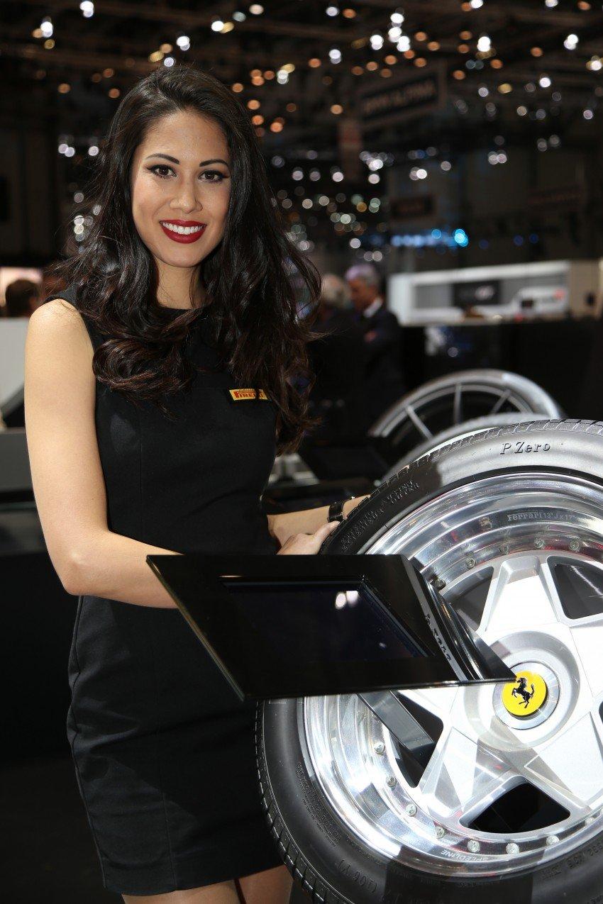 2016 Geneva Motor Show – beautiful cars and girls Image #454490