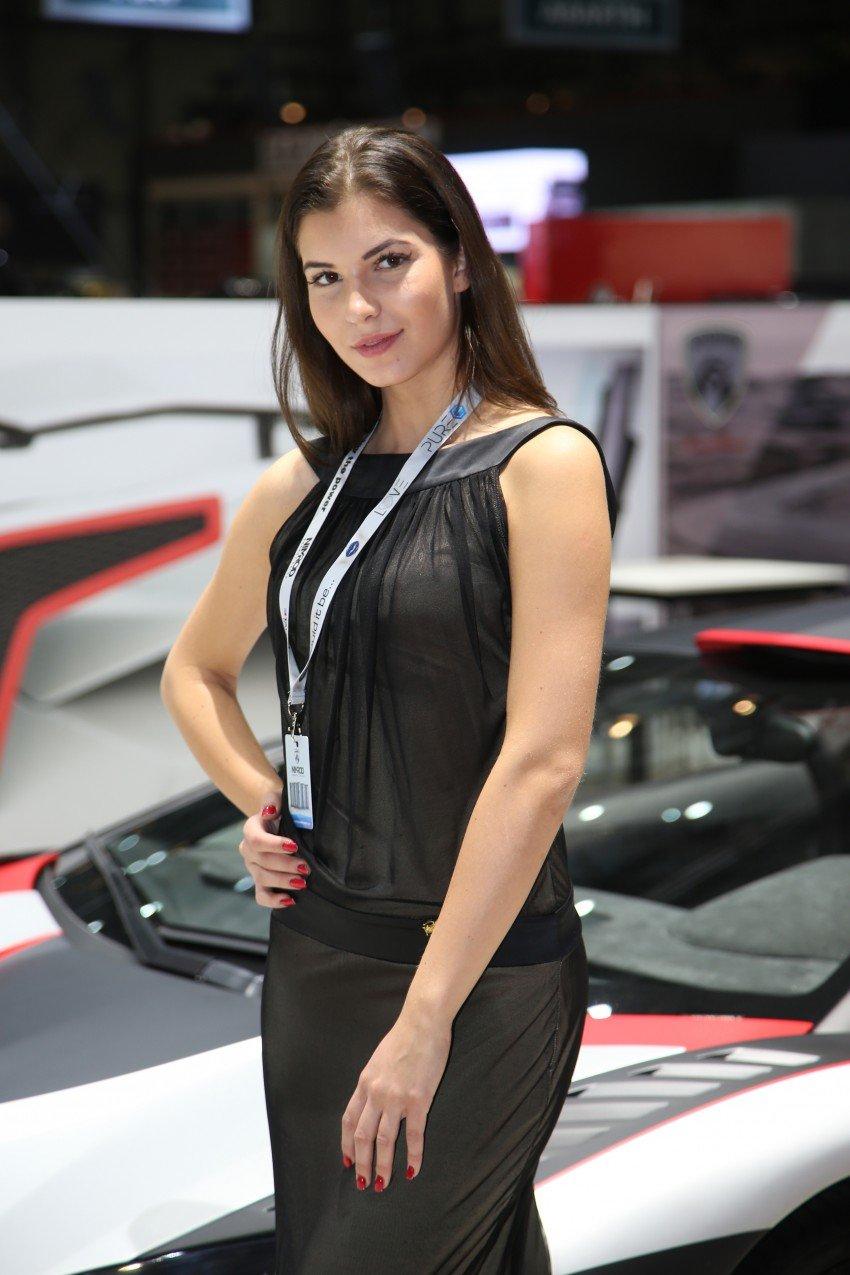 2016 Geneva Motor Show – beautiful cars and girls Image #454511
