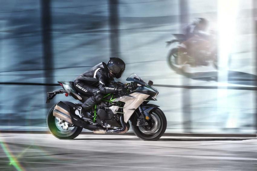 Is a supercharged Kawasaki Ninja R2 coming soon? Image #458604
