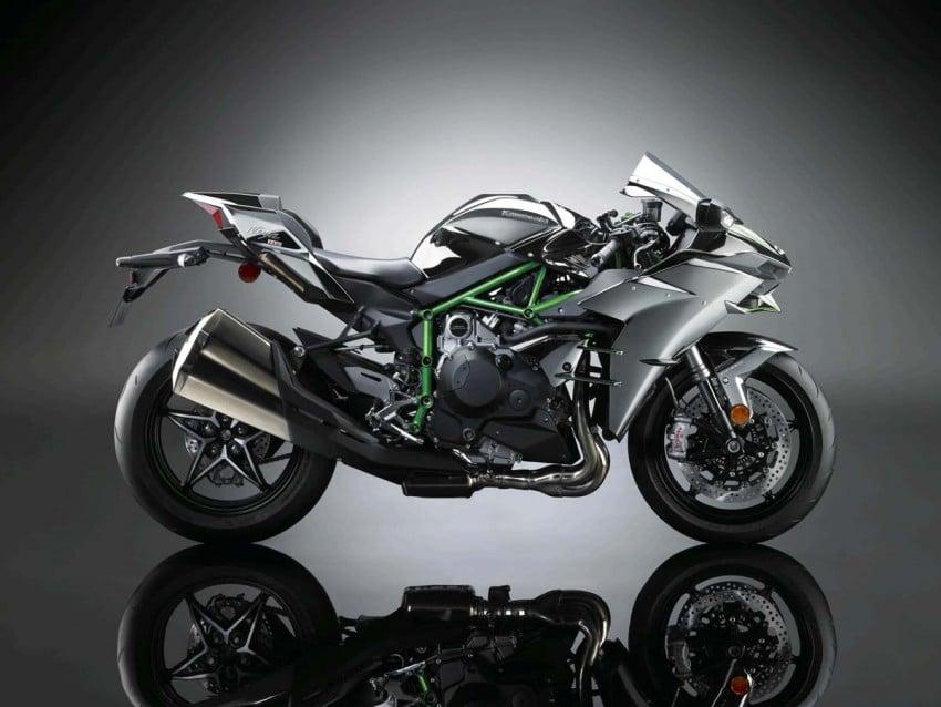 Is a supercharged Kawasaki Ninja R2 coming soon? Image #458619