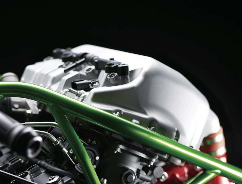 Is a supercharged Kawasaki Ninja R2 coming soon? Image #458594