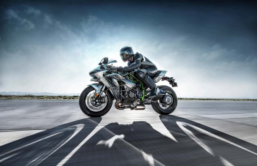 Is a supercharged Kawasaki Ninja R2 coming soon? Image #458633