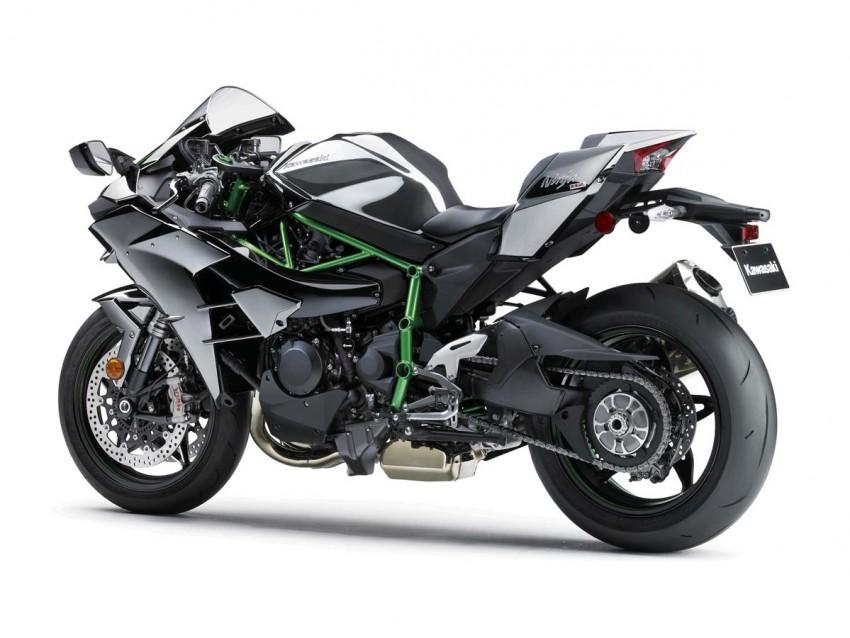 Is a supercharged Kawasaki Ninja R2 coming soon? Image #458635