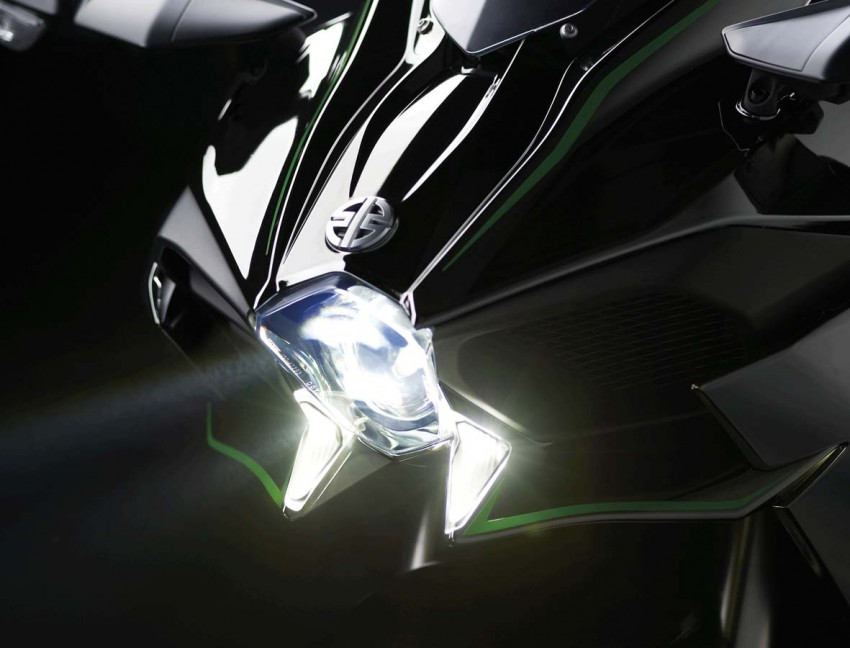 Is a supercharged Kawasaki Ninja R2 coming soon? Image #458641
