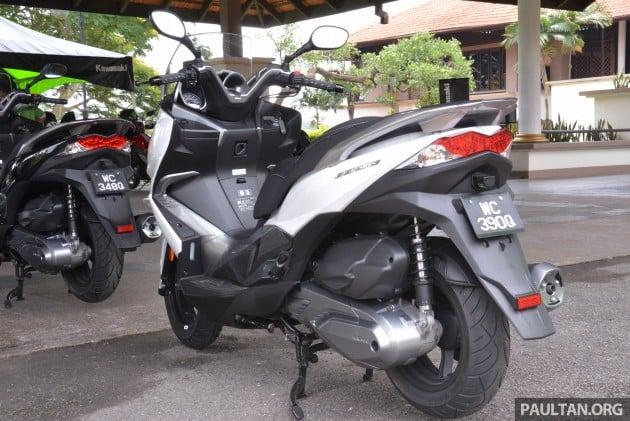 2016 Kawasaki J300 -17
