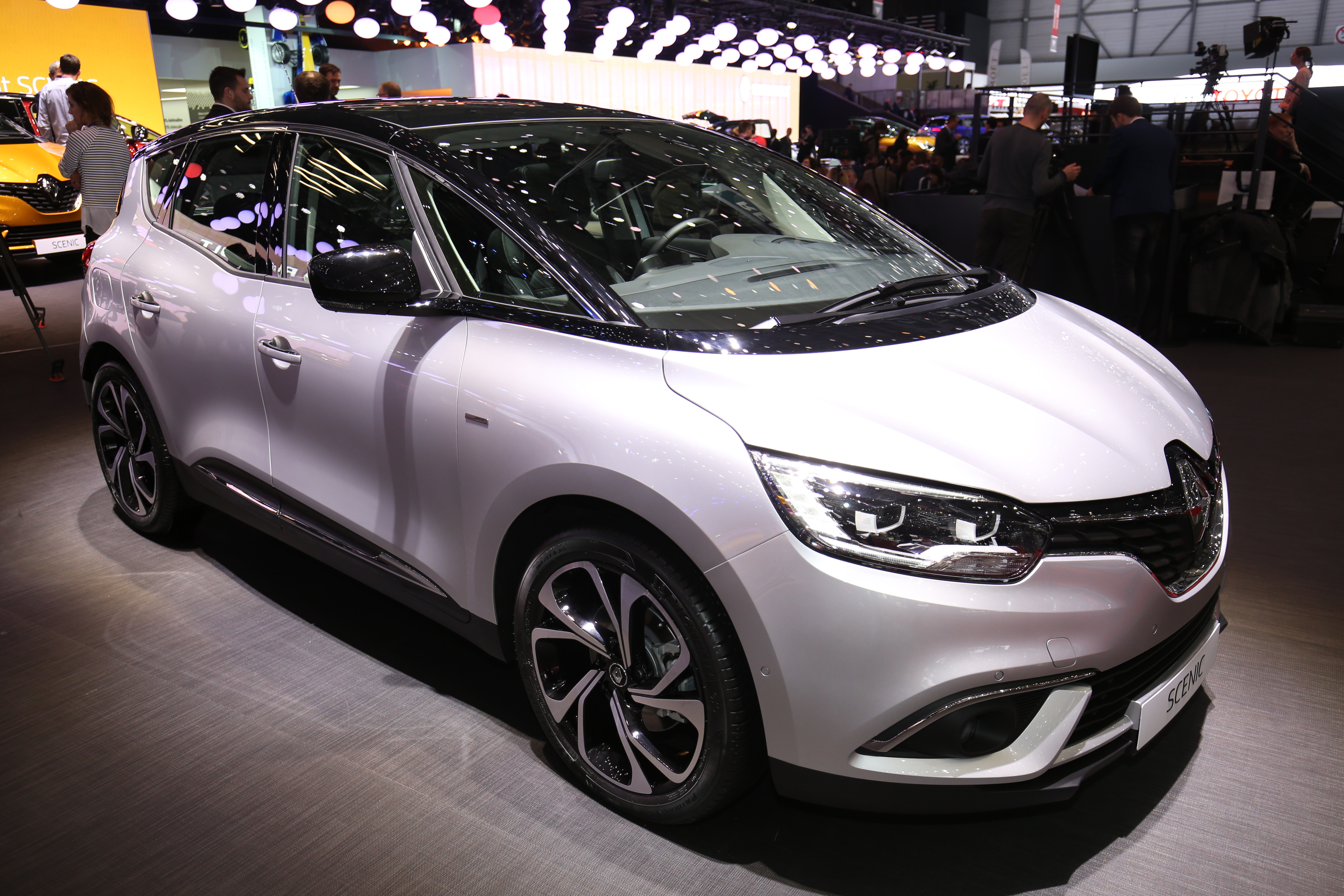 2016 renault scenic officially unveiled in geneva image 453363. Black Bedroom Furniture Sets. Home Design Ideas