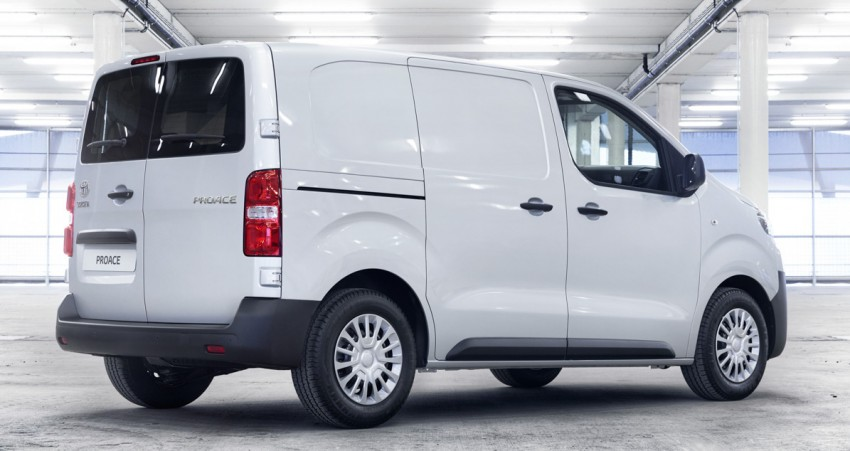 2016 Toyota Proace van makes an official debut Image #469459