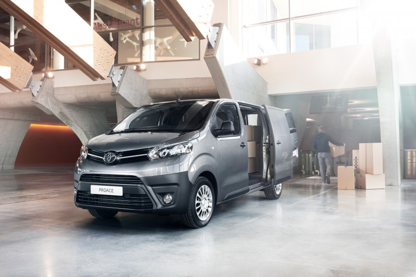 2016 Toyota Proace van makes an official debut Image #469518