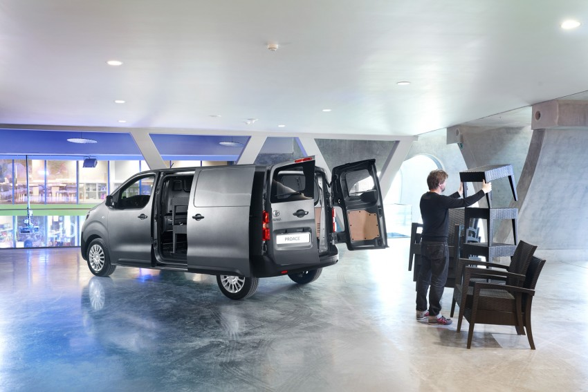 2016 Toyota Proace van makes an official debut Image #469525