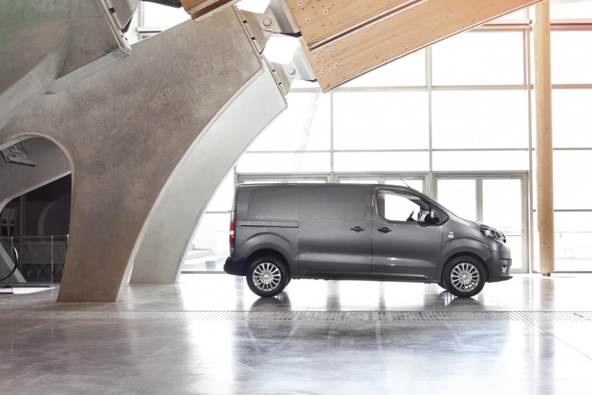 2016 Toyota Proace van makes an official debut Image #469531