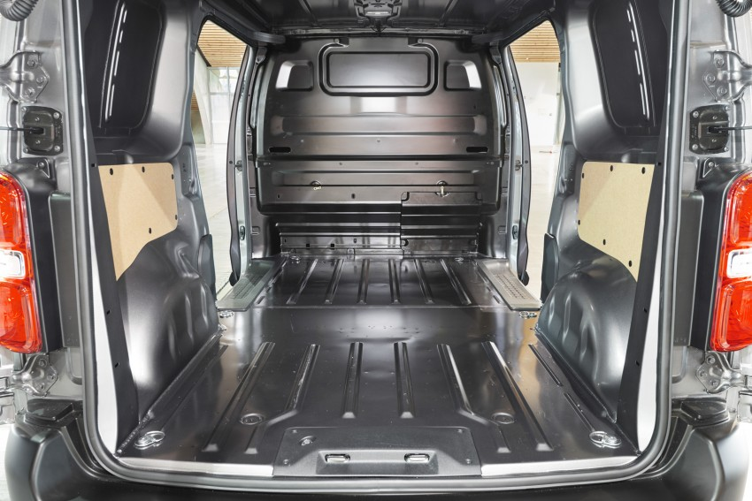2016 Toyota Proace van makes an official debut Image #469541