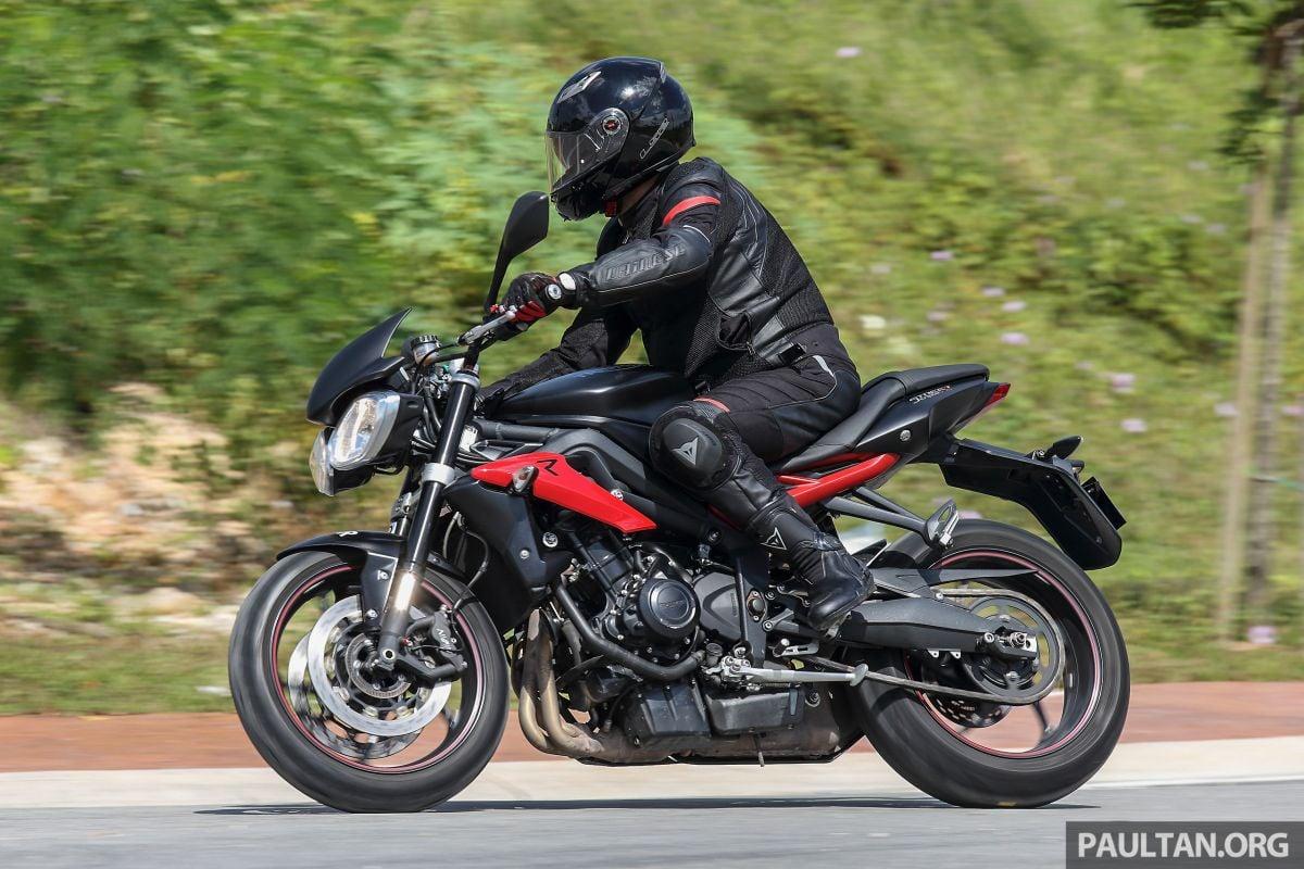 Review 2016 Triumph Street Triple R Fast Bike Fun