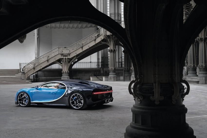Bugatti Chiron debuts – 1,500 PS, 1,600 Nm, 420 km/h Image #450987