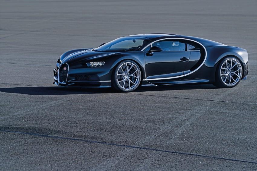 Bugatti Chiron debuts – 1,500 PS, 1,600 Nm, 420 km/h Image #451010