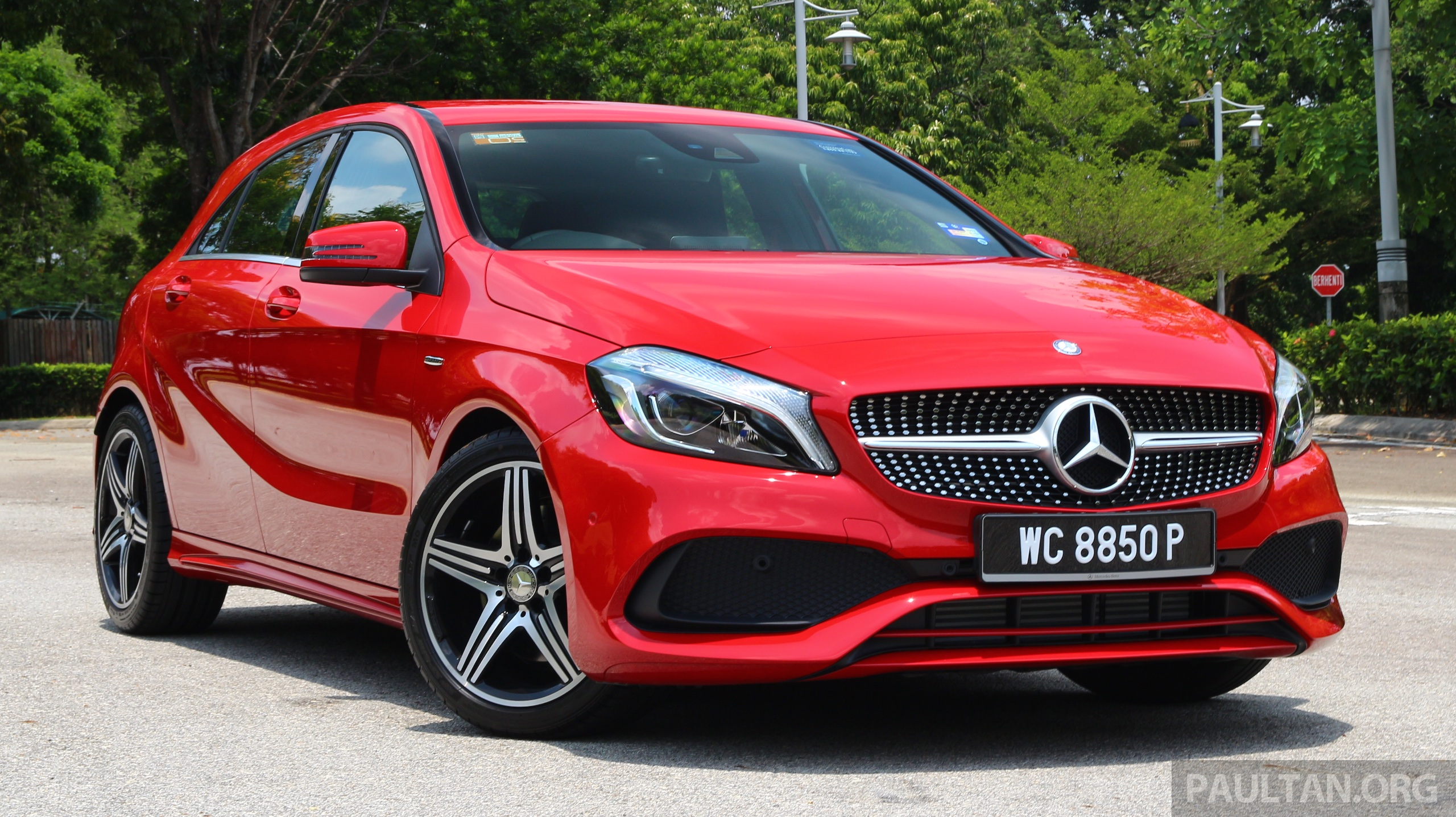 mercedes benz to revamp compact range a class sedan 3 door to be added gla to become 7 seat glb. Black Bedroom Furniture Sets. Home Design Ideas