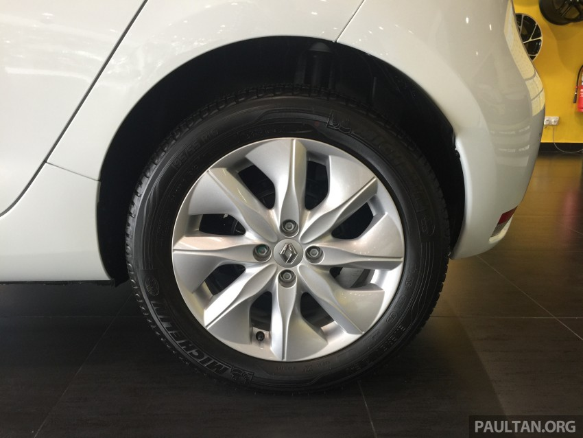 Renault Zoe electric vehicle now available in Malaysia from RM146k – 210 km range, 87 hp and 220 Nm Image #457017