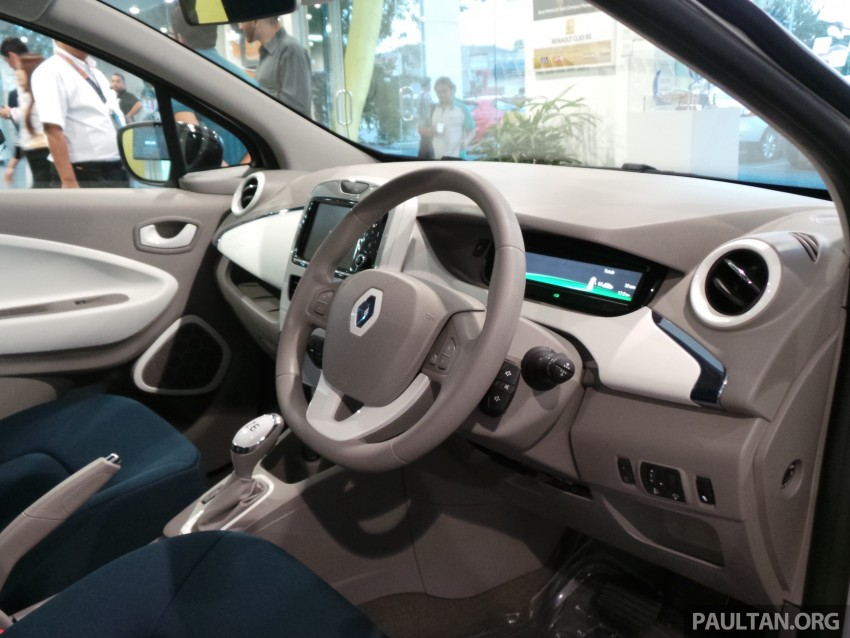 Renault Zoe electric vehicle now available in Malaysia from RM146k – 210 km range, 87 hp and 220 Nm Image #457028