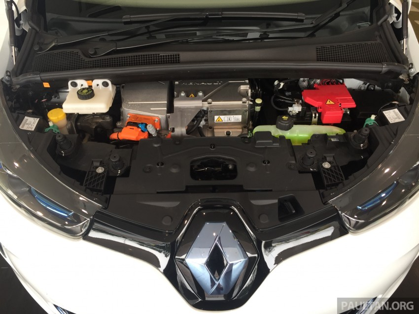 Renault Zoe electric vehicle now available in Malaysia from RM146k – 210 km range, 87 hp and 220 Nm Image #457056