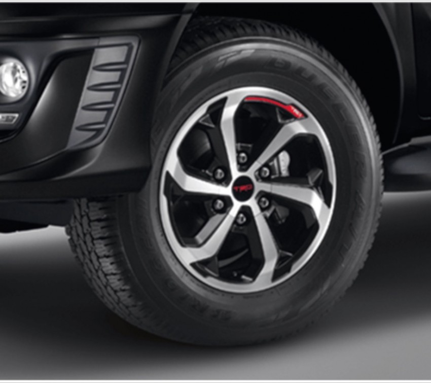 Toyota Hilux TRD Sportivo baharu lebih sporty diperkenalkan di Bangkok Motor Show 2016 Image #464420