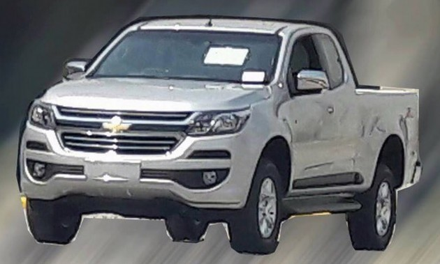 2017 Chevrolet Colorado spyshot-01