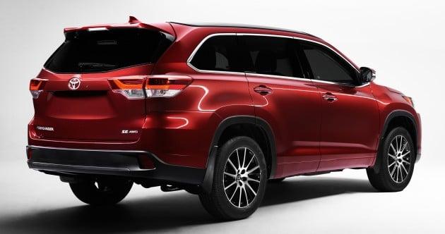 2017-Toyota-Highlander-Rear
