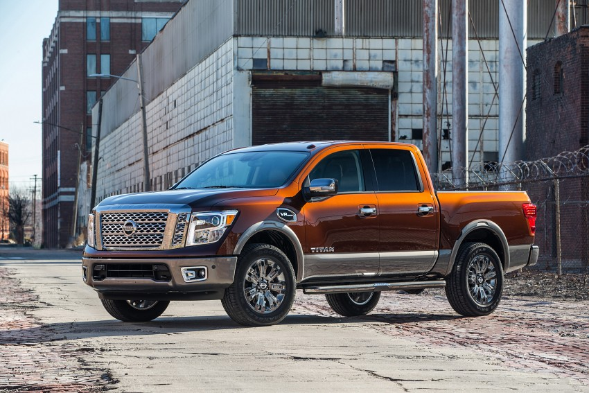 2017 Nissan Titan Crew Cab unveiled at New York; 5.0 litre Endurance V8 now available on larger Titan XD Image #466738