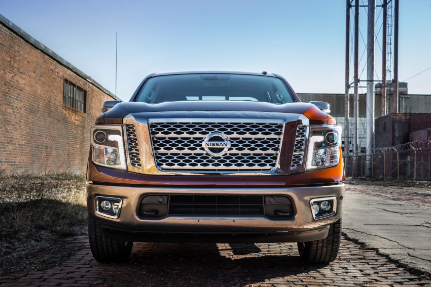 2017 Nissan Titan Crew Cab unveiled at New York; 5.0 litre Endurance V8 now available on larger Titan XD Image #466740