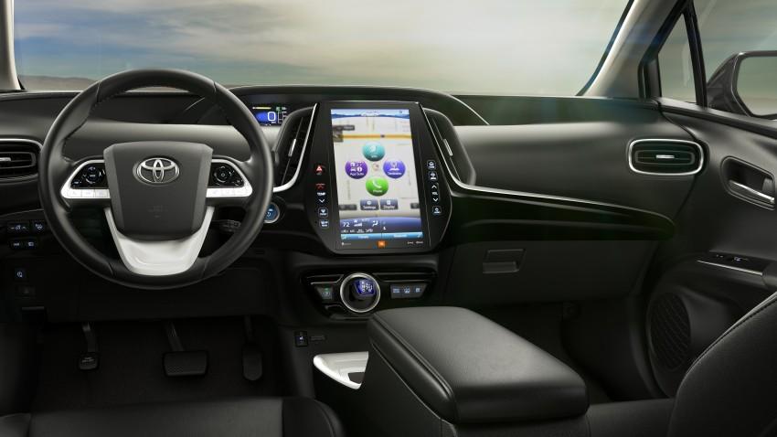 2017 Toyota Prius Prime plug-in hybrid – 1.4 l/100 km! Image #465592