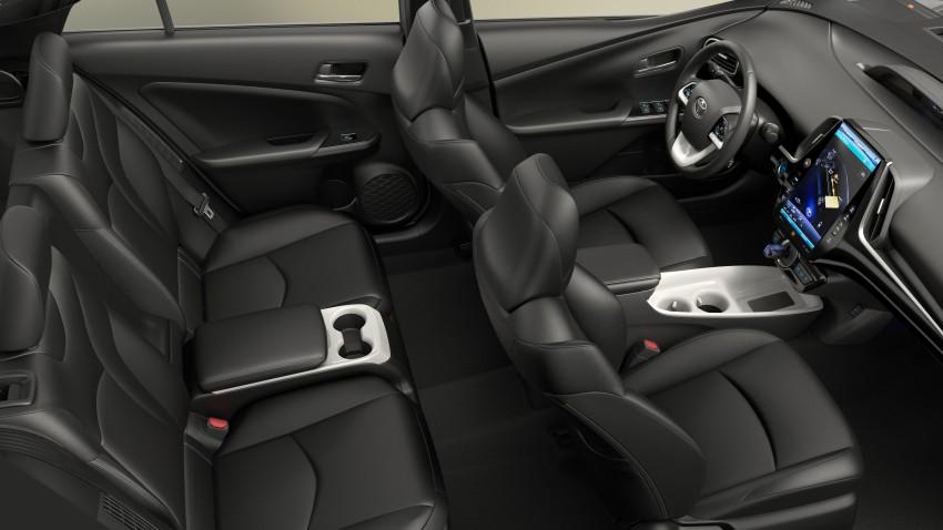 2017 Toyota Prius Prime plug-in hybrid – 1.4 l/100 km! Image #465589