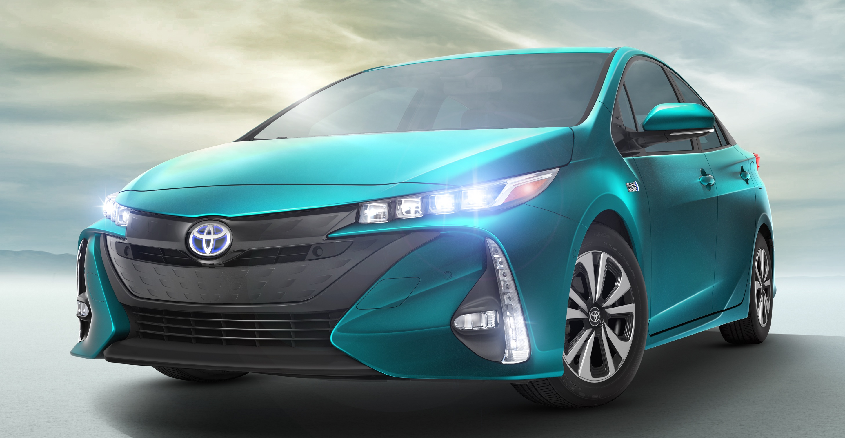 2017 Toyota Prius Prime Plug In Hybrid 1 4 L 100 Km