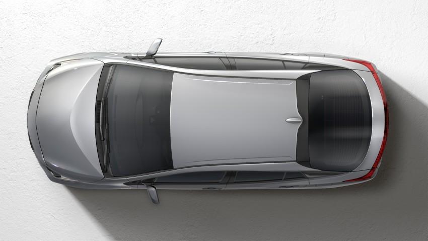 2017 Toyota Prius Prime plug-in hybrid – 1.4 l/100 km! Image #465554