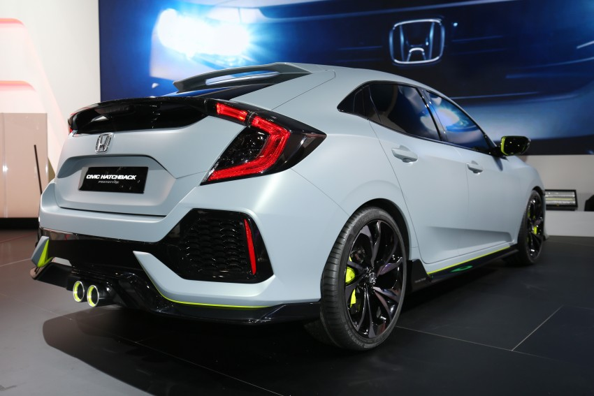 Honda Civic Hatchback Prototype goes live in Geneva; early 2017 launch for Europe, US market to follow Image #454429