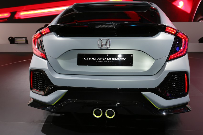 Honda Civic Hatchback Prototype goes live in Geneva; early 2017 launch for Europe, US market to follow Image #454422