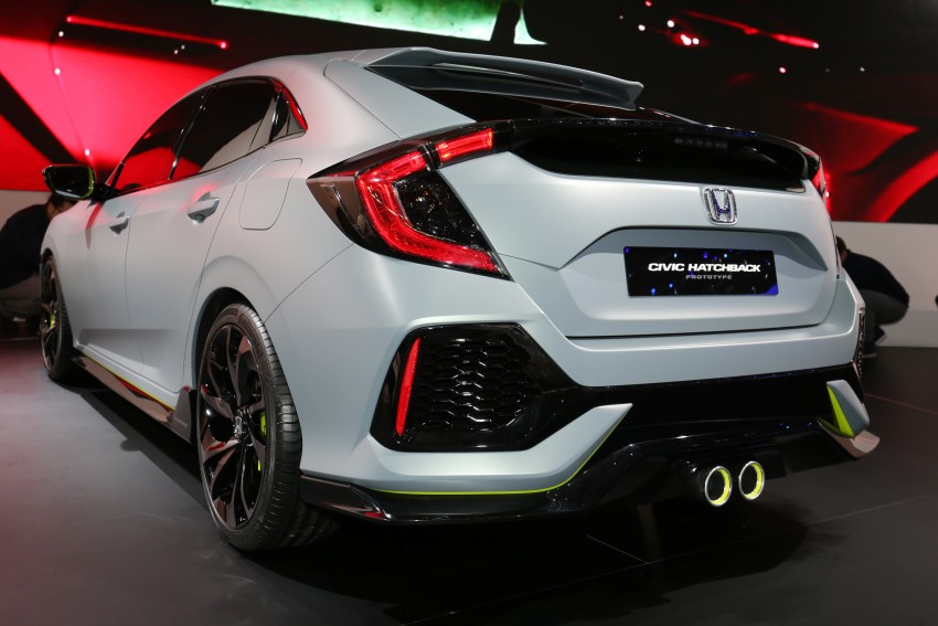 Honda Civic Hatchback Prototype goes live in Geneva; early 2017 launch for Europe, US market to follow Image #454428