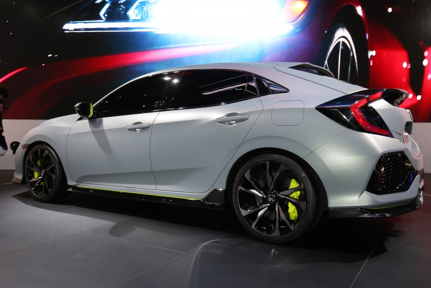 Honda Civic Hatchback Prototype goes live in Geneva; early 2017 launch for Europe, US market to follow Image #454426