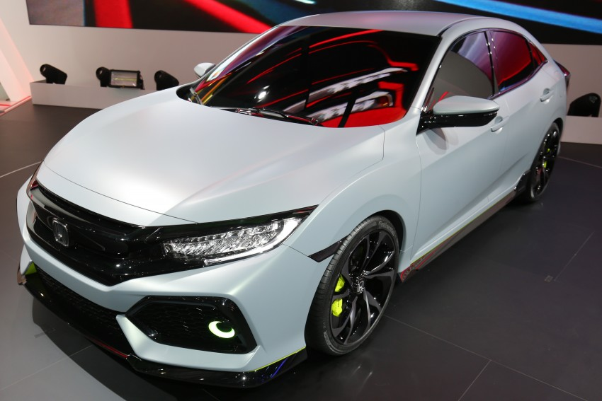 Honda Civic Hatchback Prototype goes live in Geneva; early 2017 launch for Europe, US market to follow Image #454424
