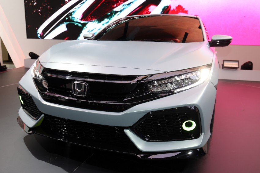 Honda Civic Hatchback Prototype goes live in Geneva; early 2017 launch for Europe, US market to follow Image #454423