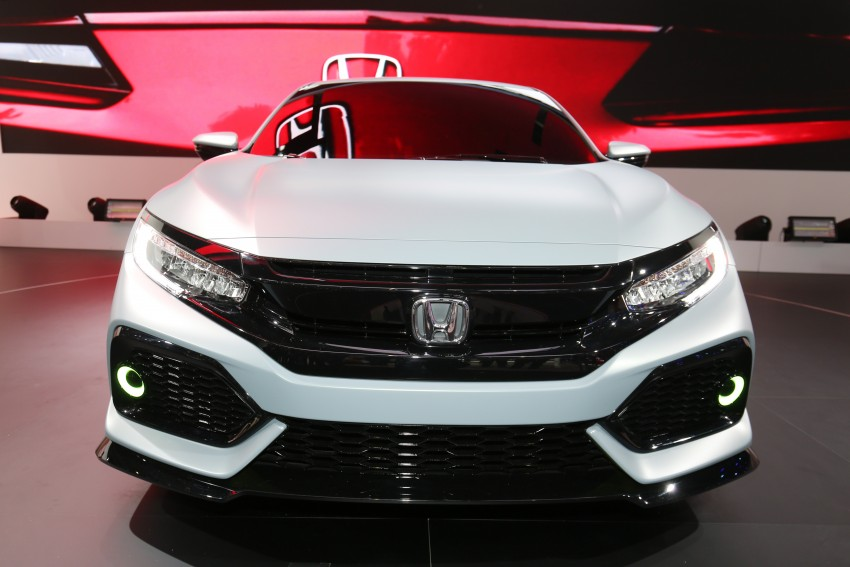 Honda Civic Hatchback Prototype goes live in Geneva; early 2017 launch for Europe, US market to follow Image #454421
