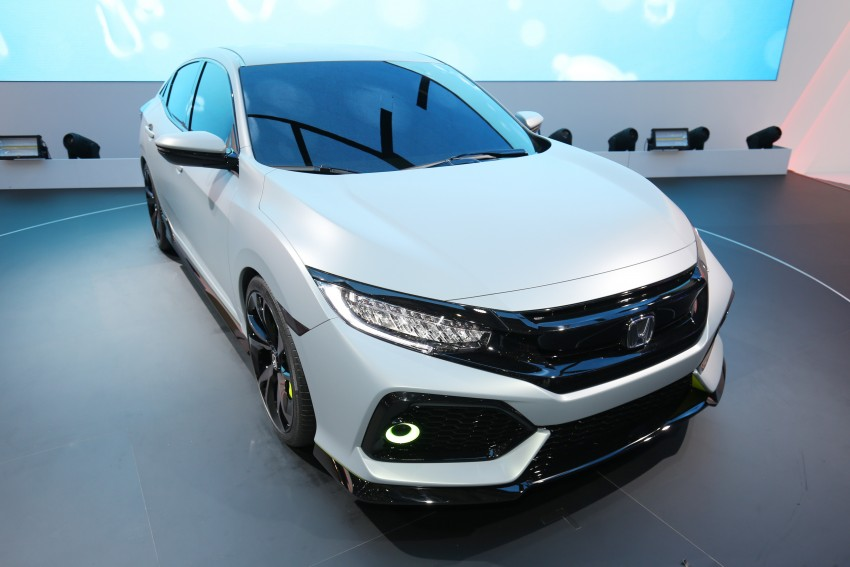 Honda Civic Hatchback Prototype goes live in Geneva; early 2017 launch for Europe, US market to follow Image #454420