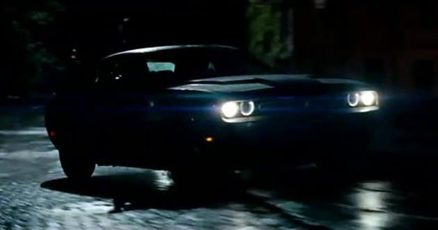 Dodge Challenger Hellcat For Sale >> VIDEO: Dodge Challenger versus Batman's Batmobile
