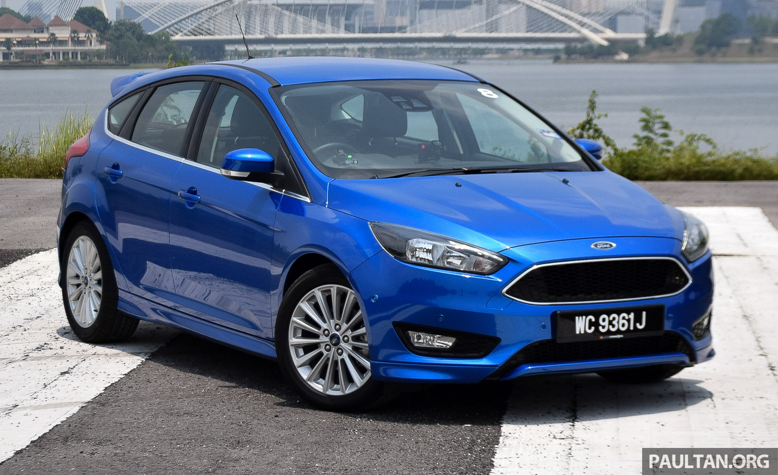driven 2016 ford focus 1 5l ecoboost first impressions of malaysian spec sport and titanium. Black Bedroom Furniture Sets. Home Design Ideas