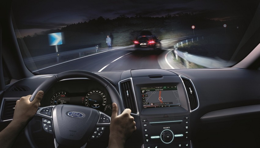 VIDEO: Ford's Glare-Free Highbeam tech introduced Image #463968
