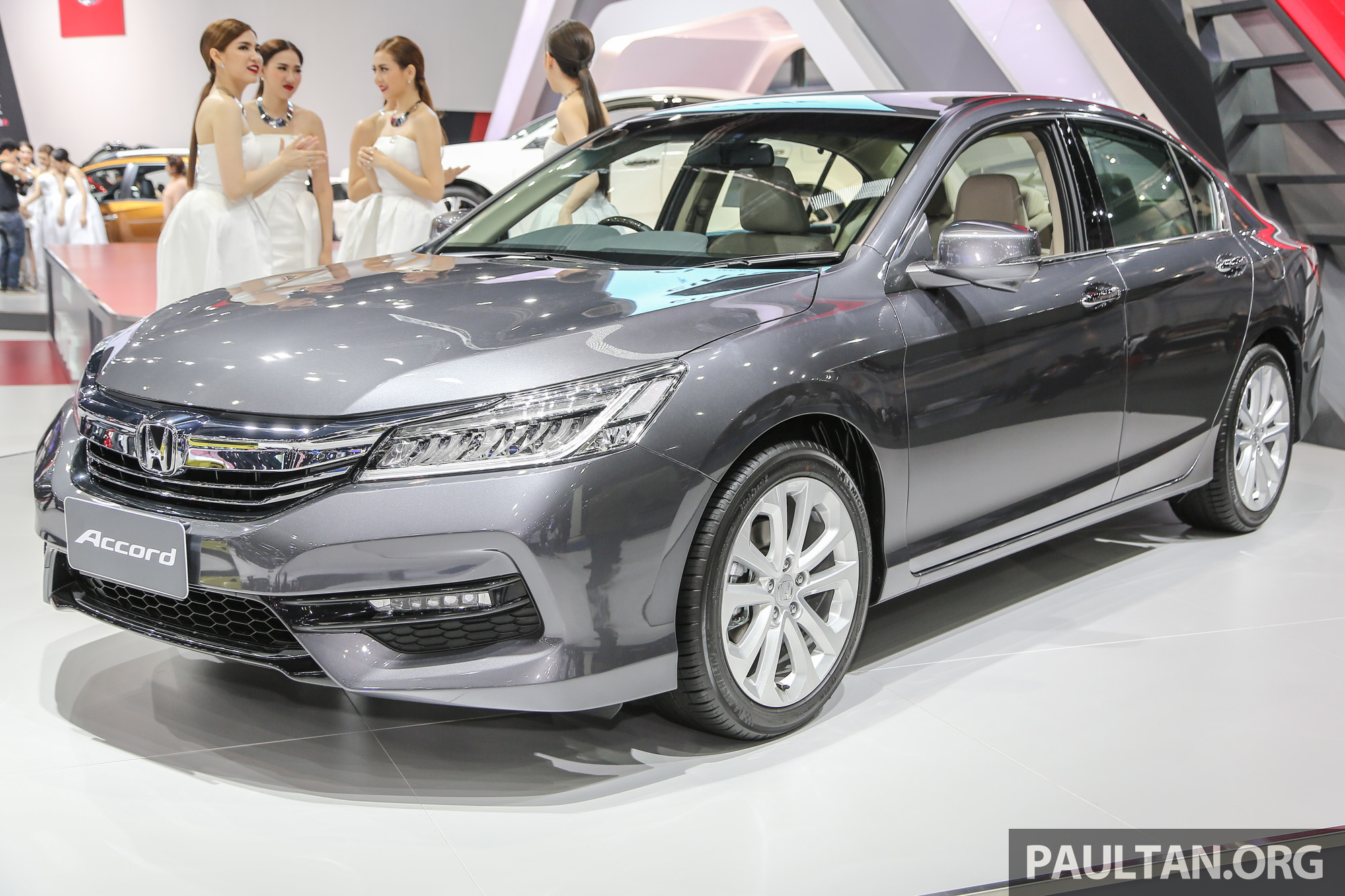2018 Honda Accord Pictures >> GALERI: Honda Accord facelift di Bangkok 2016 Paul Tan - Image 465372
