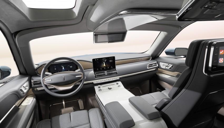 Lincoln Navigator Concept breaks cover in New York Image #465096