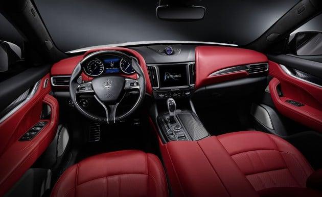Maserati Levante details 7