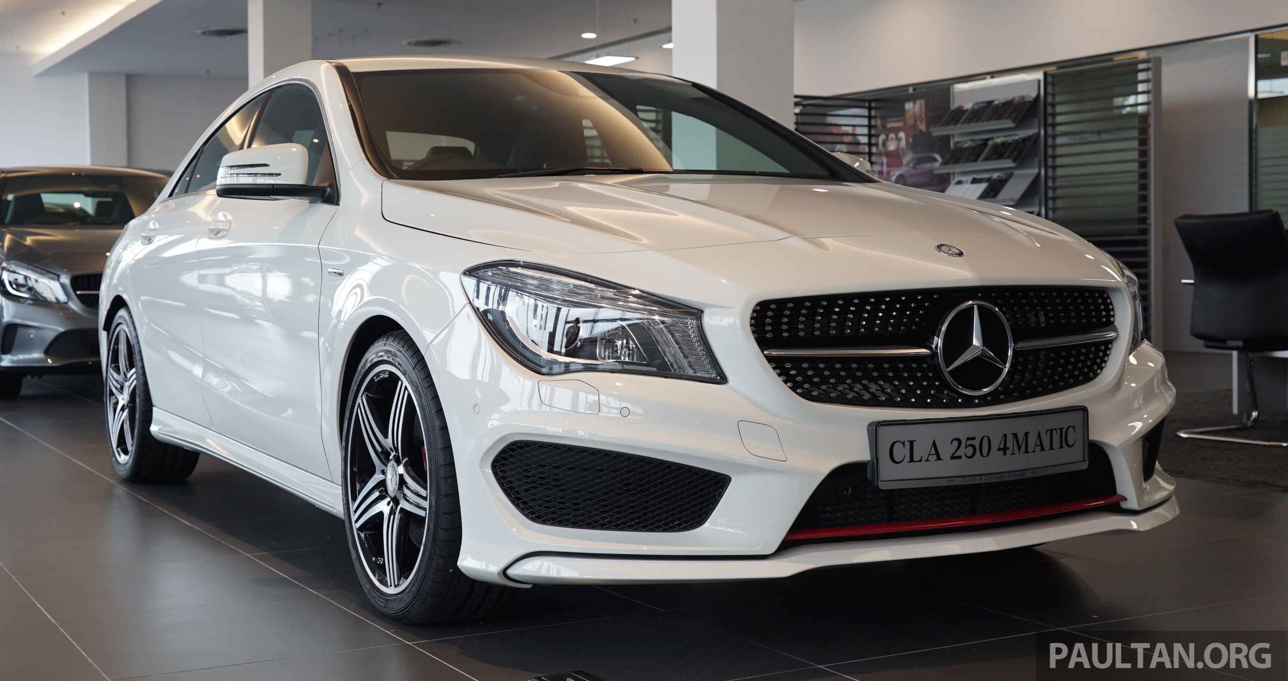 mercedes benz cla250 sport 4matic in malaysia rm269k. Black Bedroom Furniture Sets. Home Design Ideas