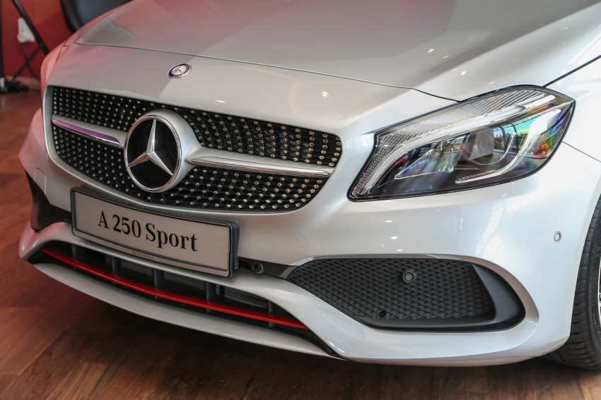 Mercedes-Benz A-Class facelift debuts: A180 Urban Line, A200 AMG Line, A250 Sport; RM196k to RM239k Image #453895